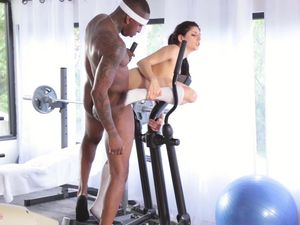 Sporty Hottie And Black Dude Have Interracial Sex