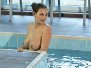 Connie Carter Fucks After Swimming In The Pool