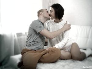 Romancing Her Boyfriend And Fucking His Brains Out
