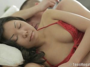 Asian Babe Wakes Up For Erotic Anal Fucking