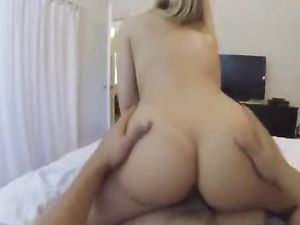 Blonde Babe Getting Her Tight Pussy Penetrated
