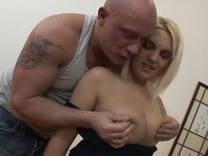 Curves To Make Cocks Hard On This DP Slut