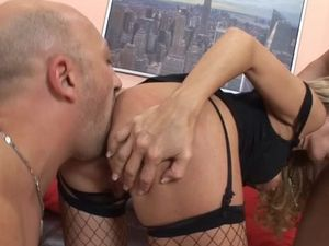 Sexy Blonde Hair On A Cocksucking Whore