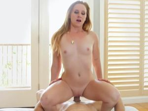 She Shows Why Fucking Teen Pussy Is The Best