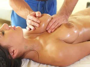 Hot Body Covered In Oil Is Meant For Fucking