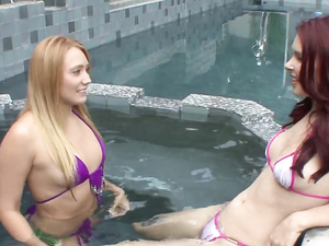 Eating Wet Stepsister Pussy At The Hot Tub